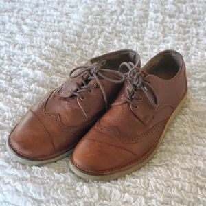 Toms Brogue mens leather oxford shoes size 11